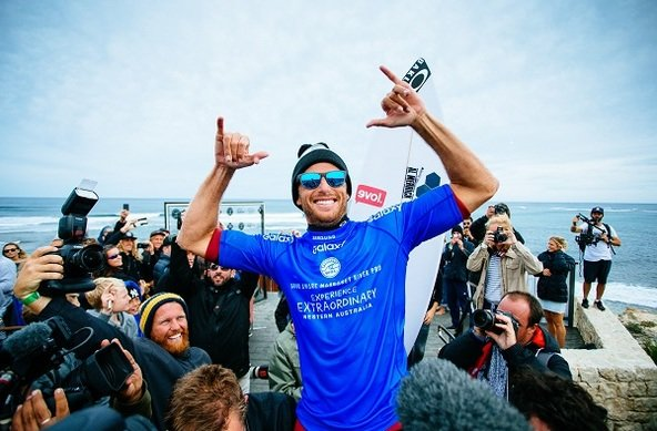 Image: WSL / Sloane | Sebastian Zietz (HAW) claims victory at the Drug Aware Margaret River Pro.