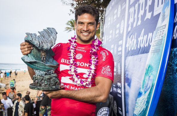 Image: © WSL /  Poullenot | Michel Bourez Wins Billabong Pipe Masters 2016